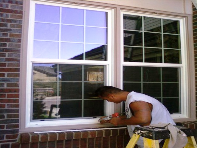 Choosing the Best Replacement WINDOW GLASS for Home