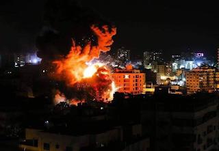 كل لحظة بلحظة..قطاع غزة نحت قصف الاحتلال الصهيوني.