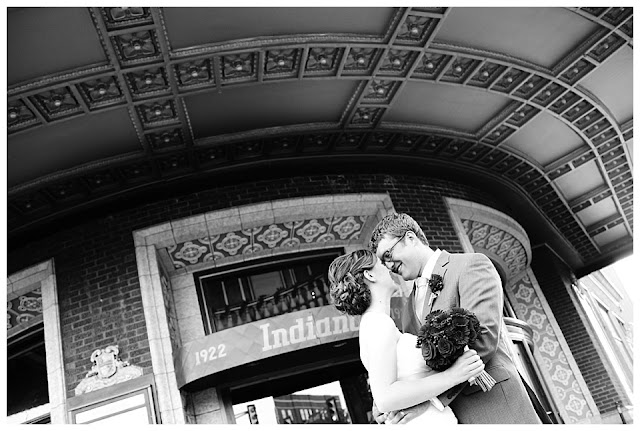 wedding photo at Indiana Theatre in Terre Haute