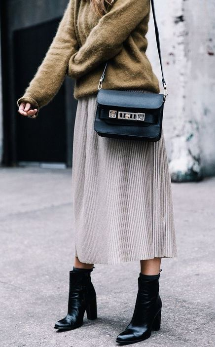 best winter outfit for work / pleated skirt + boots + bag + sweater