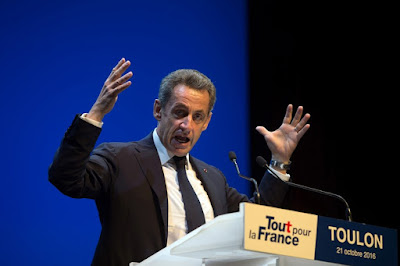 Sarkozy dévoile un texte à charge contre Juppé sur Facebook