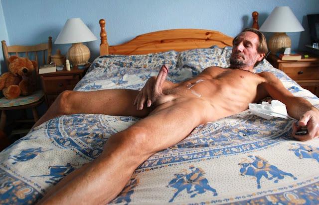 Naked Gay Mature Men 79