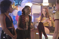 Ashleigh Murray, Asha Bromfield and Madelaine Petsch in Riverdale Season 2 (3)