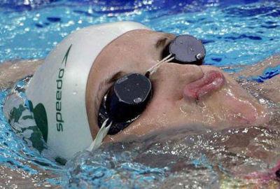 Nín thở đúng cách trước khi học bơi
