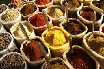Açafrão e pimenta preta, os potentes benefícios para saúde geral do corpo