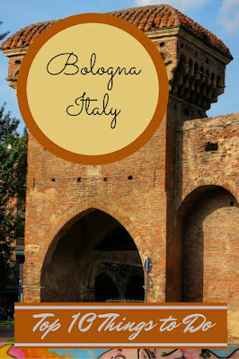 Top 10 Things to Do on Weekend City Break in Bologna Italy - http://www.sidewalksafari.com/2015/09/top-10-weekend-in-bologna-italy.html