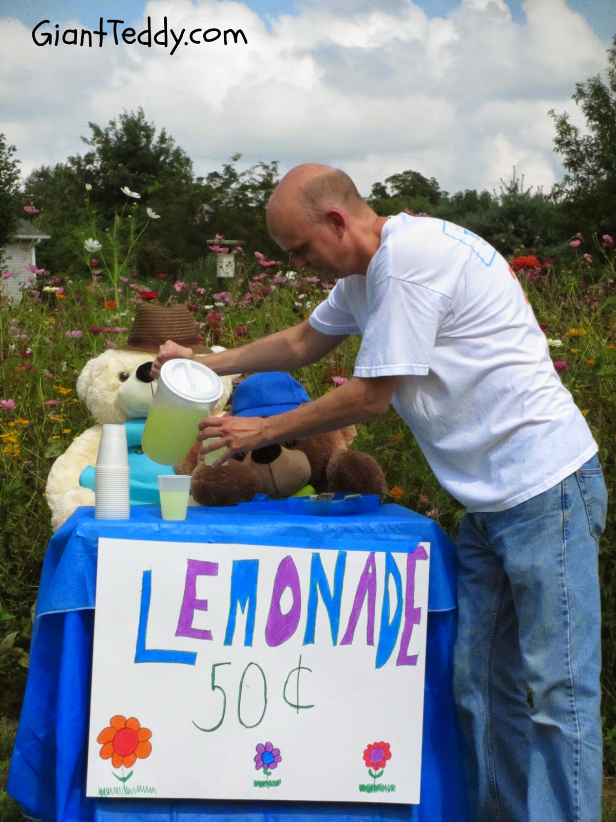 Giant Teddy bear lemonade stand