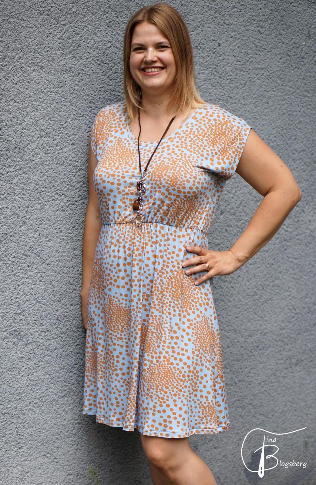Tina Blogsberg: Muttis Kleid