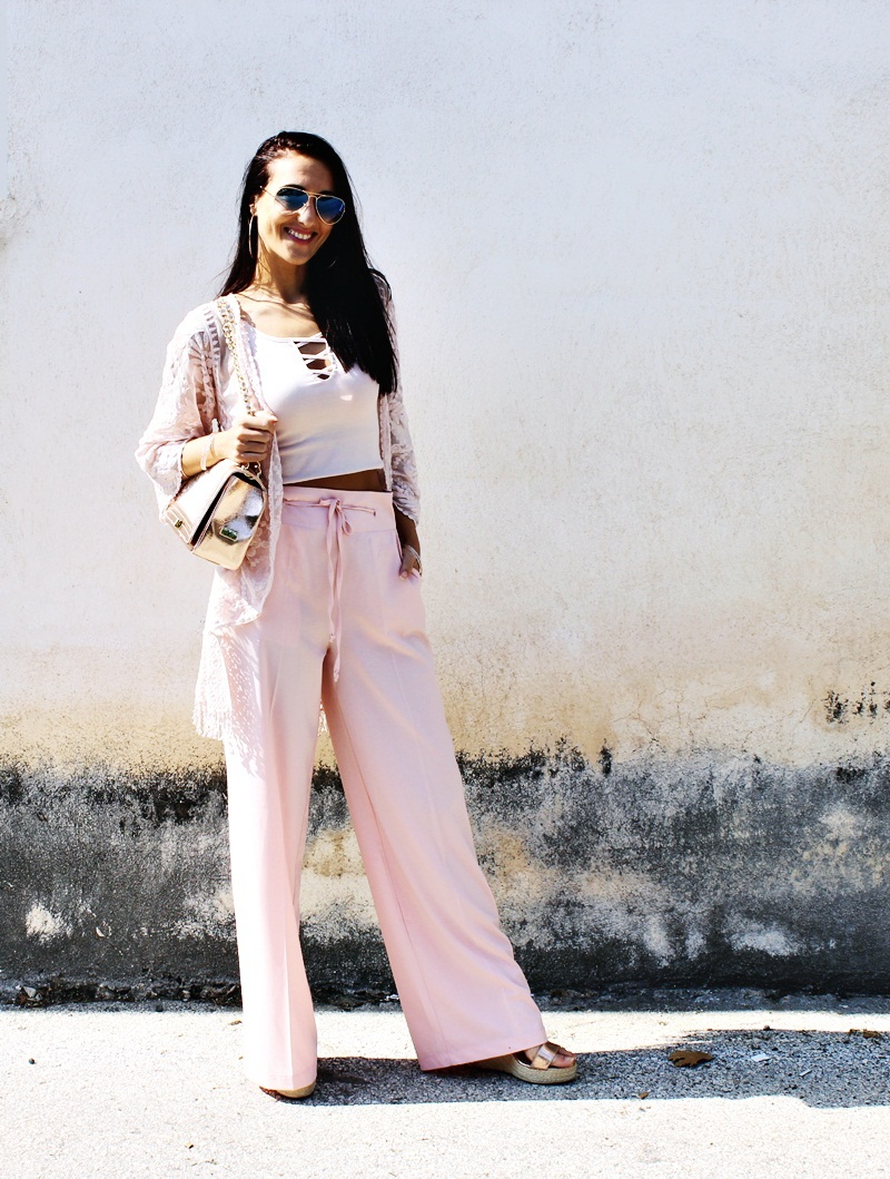 chic boho romantic and fresh pink and rose gold outfits