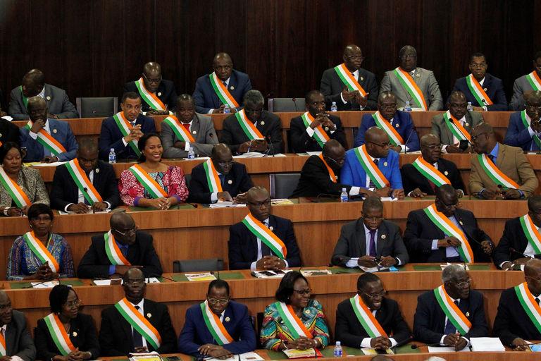 La nouvelle constitution ivoirienne est-elle bonne à prendre ou à laisser ?
