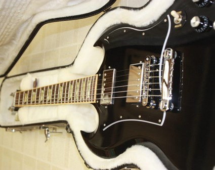 Rex and the Bass: 2009 Gibson SG Standard Guitar Review