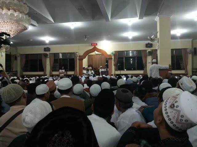 Bikin Merinding, Begini Detak-Detik Penyambutan Kedatangan Ust Abdul Somad di Bali