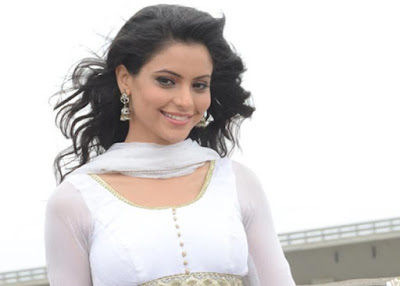 Aamna Sharif pics