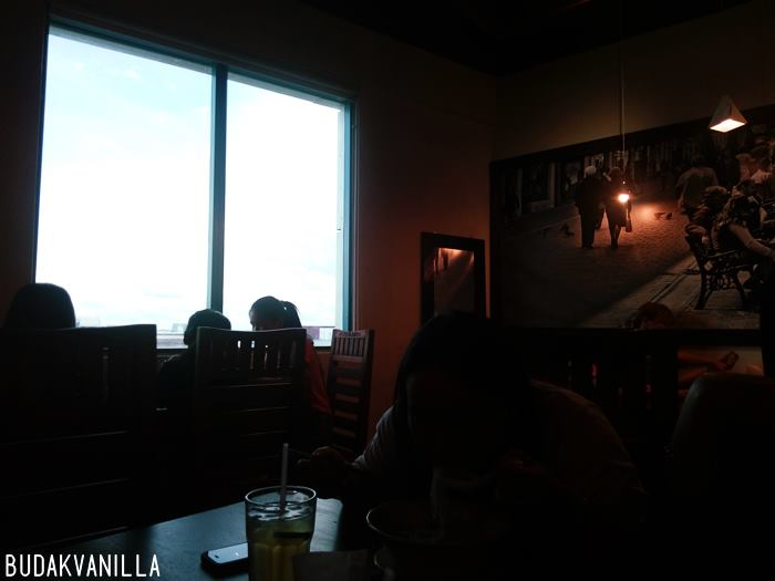 Eating at makan space budakvanilla 39 s for Window you can sit in