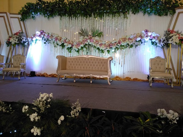 Paket Dekorasi Pernikahan 3.