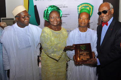 Edo College Old Boys Association (ECOBA) Honours Members at Annual Dinner