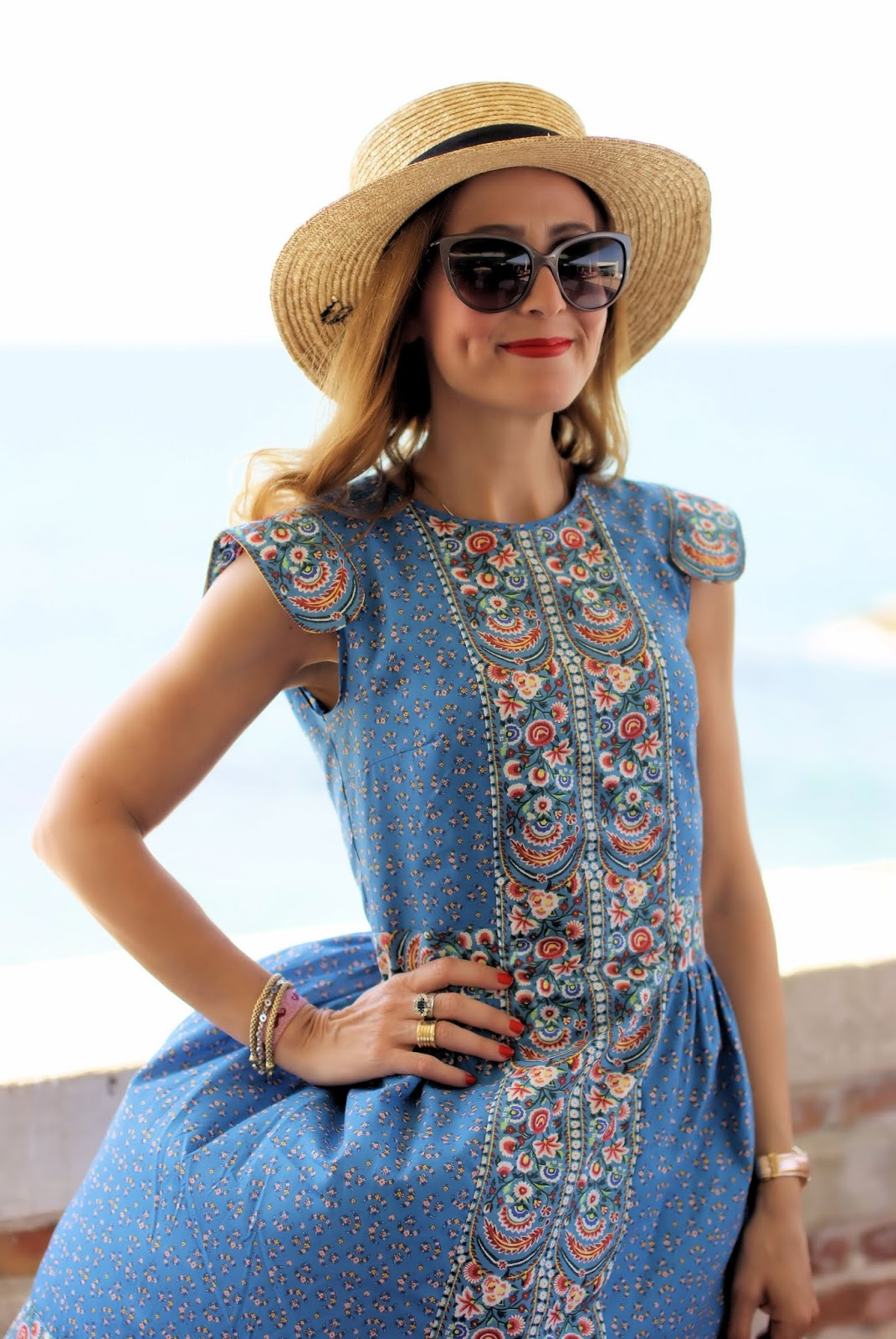 Vintage folk style summer dress from Lazzari on Fashion and Cookies fashion blog, fashion blogger style