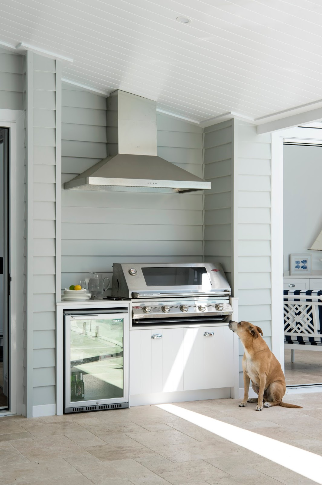 Adding A Fabulous Alfresco Area Landscaped With Lush Greenery And The All  Important BBQ Within Your Hamptons Design Is Certainly A Trend That Is Here  To ...