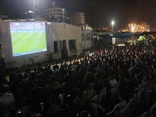 عرض فيلم إباحي على شاشة نادي السنطة الرياضي أثناء مباراة الأهلي وحرس الحدود