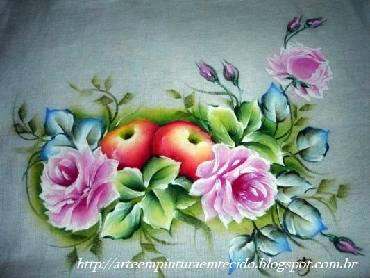 Pintura em tecido rosas e maçãs