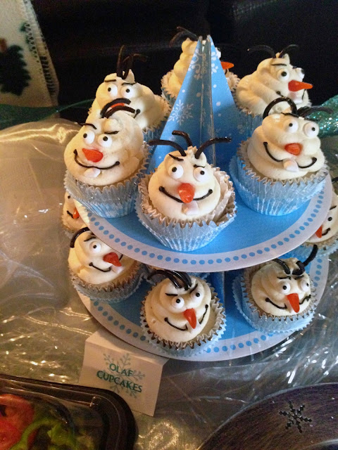 Frozen Birthday Party:  Olaf Cupcakes + more ideas from Alice Scraps Wonderland