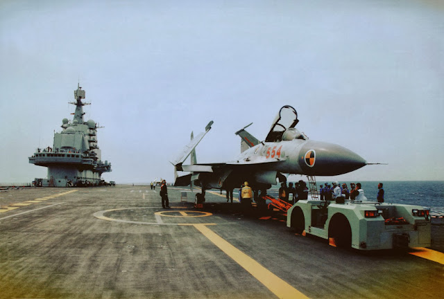 J-15 Flying Shark onboard the Liaoning