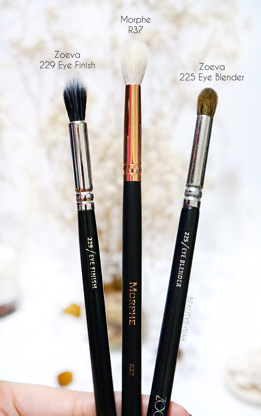 Top affordable eyeshadow brushes beginners - Zoeva 229 Zoeva 225 Morphe R37