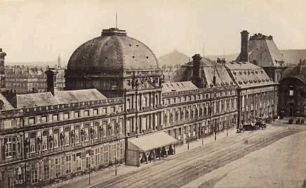 Fotografía antigua del Museo del Louvre