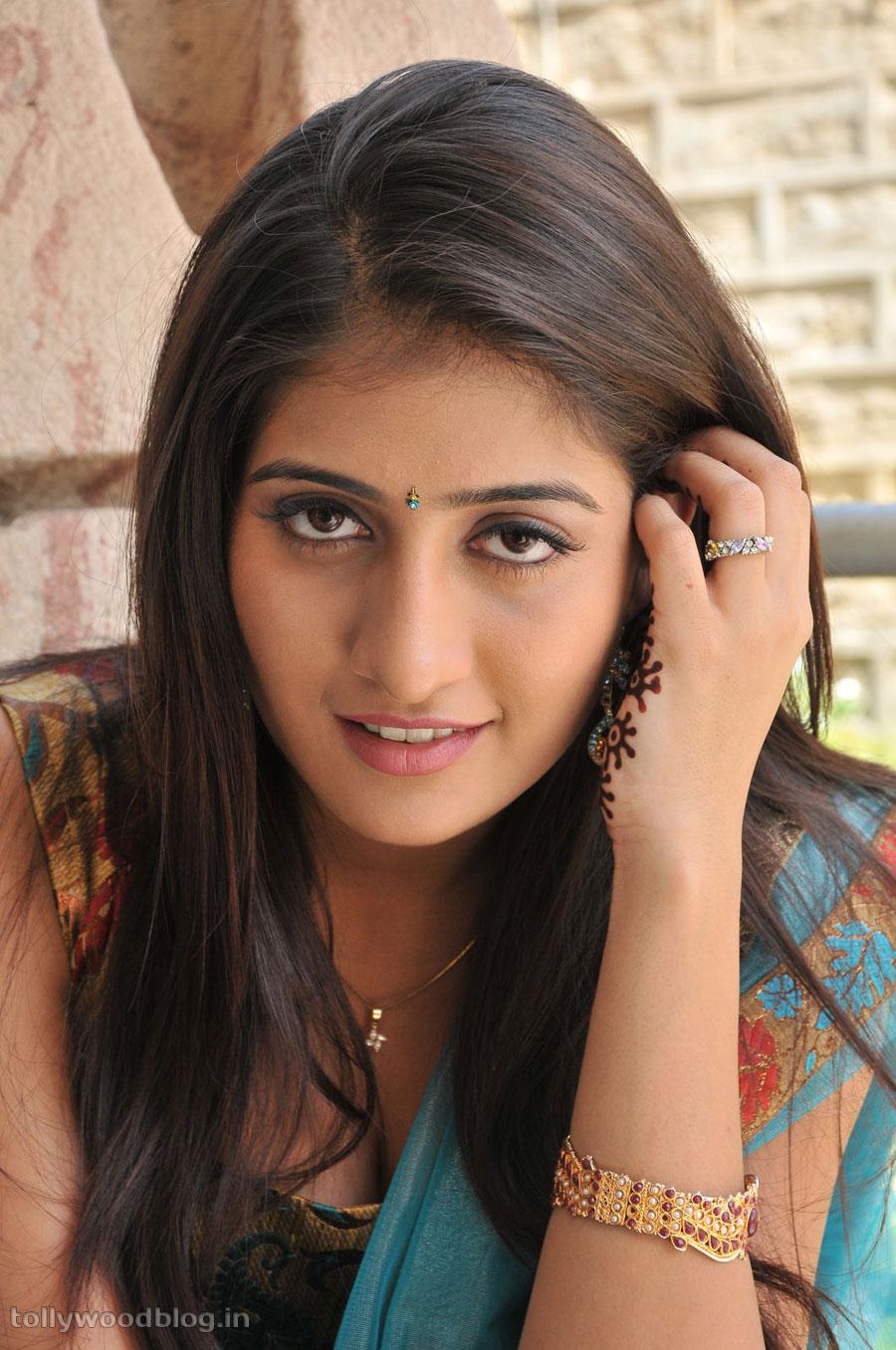 Anisha nude