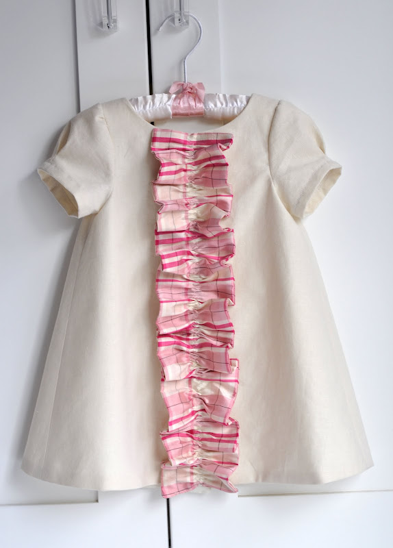 Aesthetic Nest: Sewing: Easter Dress for Tess (Ruffled