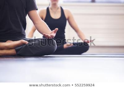 meditas yoga dapat mengurangi stres