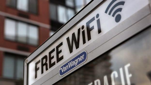 connexion hors de chez soi avec le wifi public