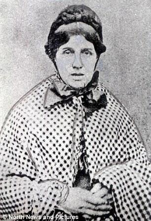 wanita pembunuh yang mati di tiang gantungan