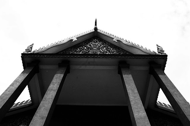 bowdywanders.com Singapore Travel Blog Philippines Photo :: Cambodia :: The Most Beautiful Museum and Gallery in Cambodia: National Museum of Cambodia in Phnom Penh
