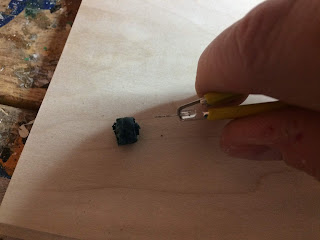 Removing the LED from the socket