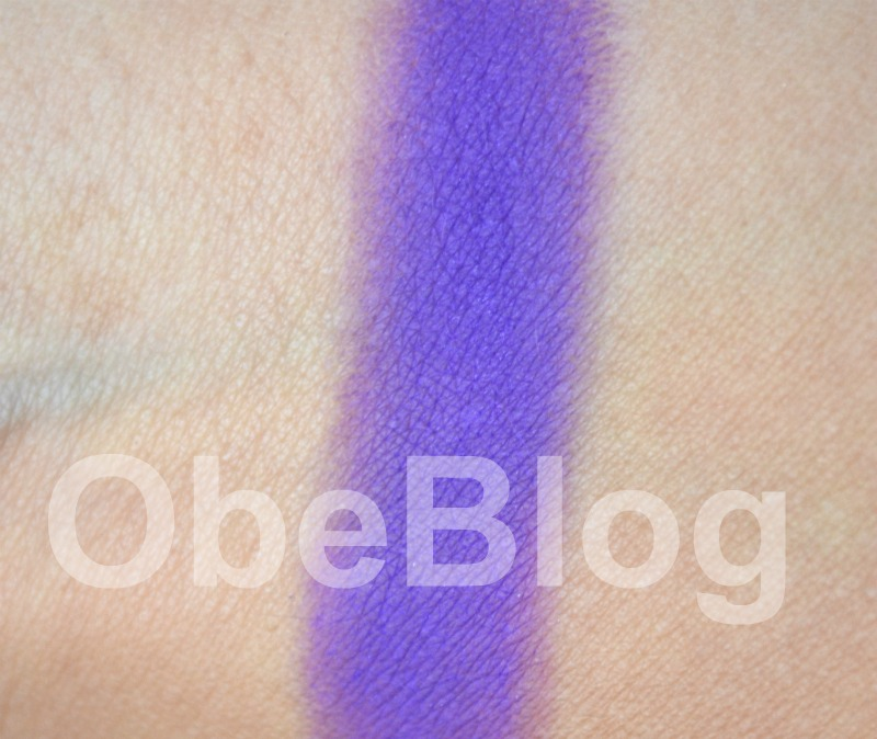 Make_Up_For_Ever_92_Eye_Shadow_Swatch_ObeBlog_09