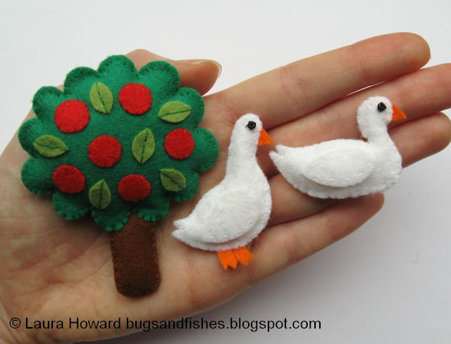 Felt apple tree and mini felt ducks