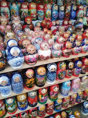 Tipos de Matrioshkas mercado de Izmailovo