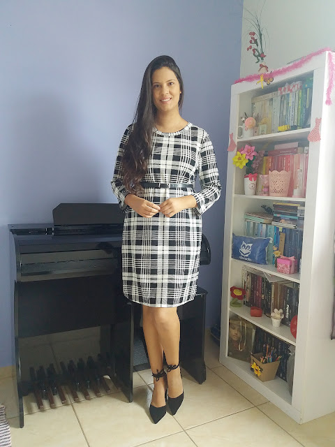 https://www.dresslily.com/plaid-long-sleeve-bodycon-dress-product7703890.html