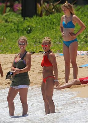 Britney spears hawaii bikini pictures — img 4