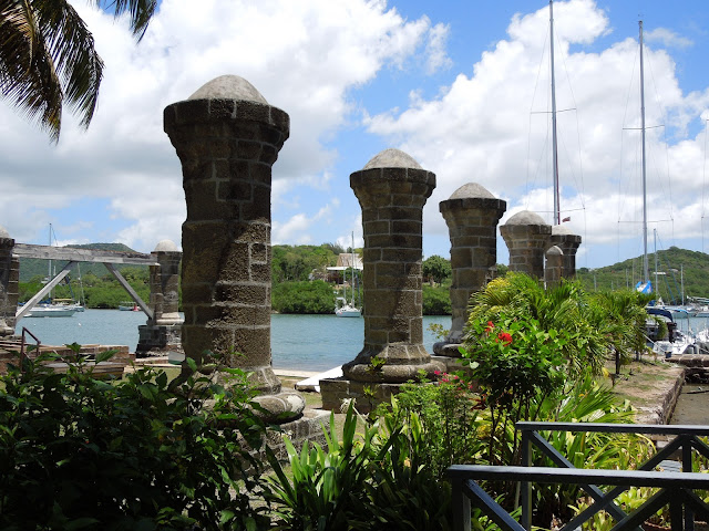 Nelson's Dockyard boat pillars