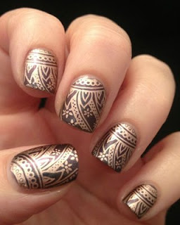 Traditional-indian-bridal-nail-art-designs-for-wedding-9