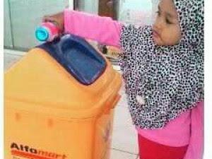 Anak-anak Masih Sulit Membuang Sampah Pada Tempatnya? Coba Mama lakukan 5 Tips Berikut