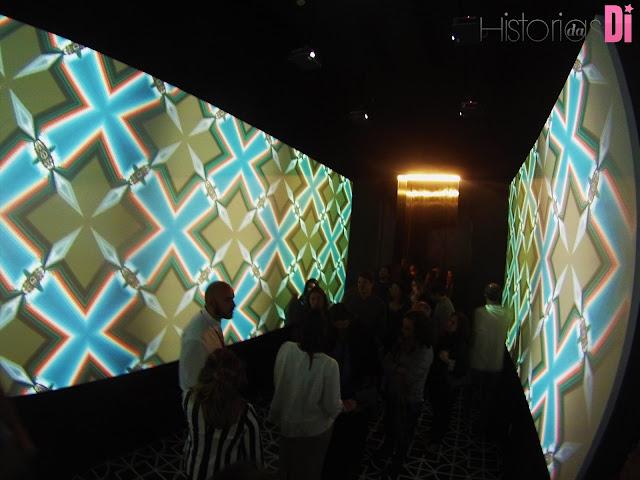 Caleidoscópio criado pelos visitantes e projetado nas paredes