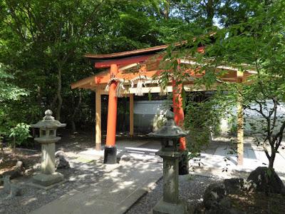 京都御苑・宗像神社 花山稲荷社