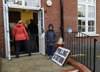 wimborne junior school southsea polling station