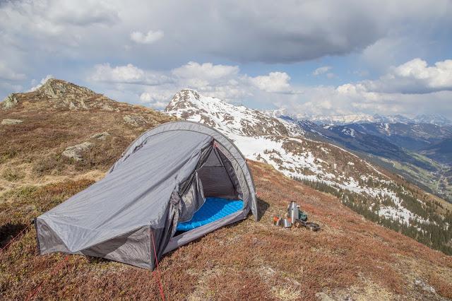 Alpines Notsignal und SOS – Was tun im Ernstfall  Verhalten im Notfall auf Bergtouren  Rufnummer und Signale 04