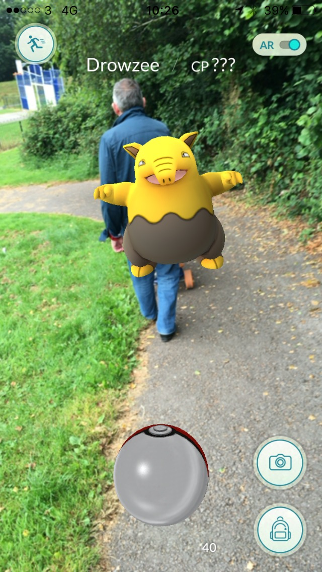 screenshot-of-pokemon-drowzee-on-the-way-to-the-park
