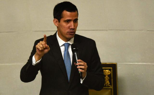 El presidente Guaidó se solidarizó con las víctimas del Hospital Universitario de Caracas