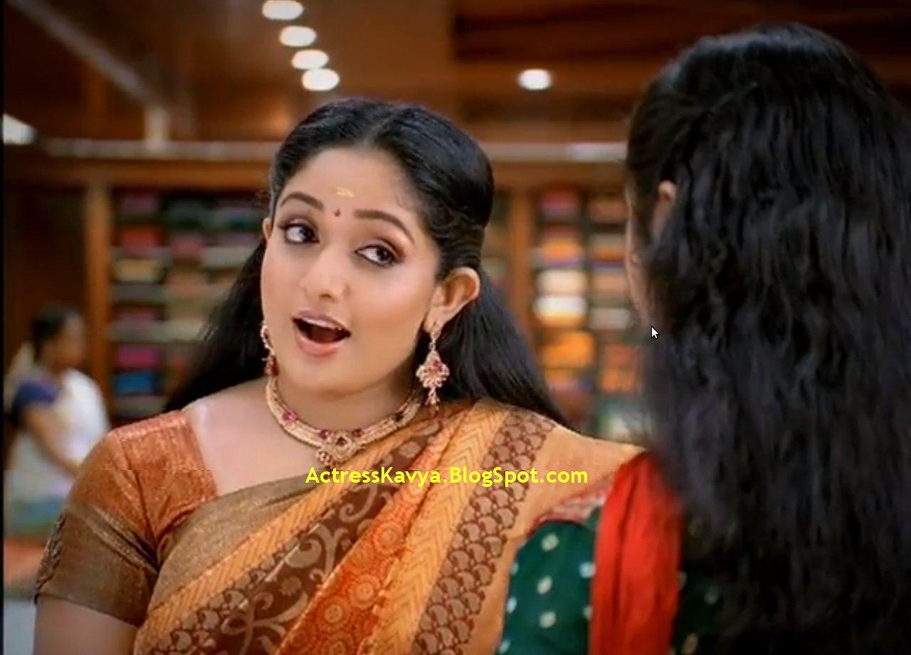 Cinema Daddy Kavya Madhavan Latest Stills: Film Actors And Actress Photo Gallery: Kavya Madhavan